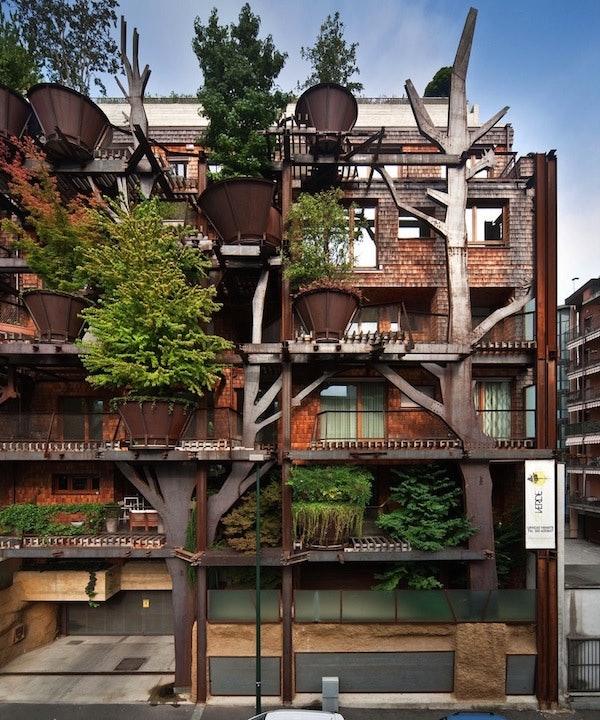 Envision Apartments: This Treehouse Apartment Complex Protects Residents From