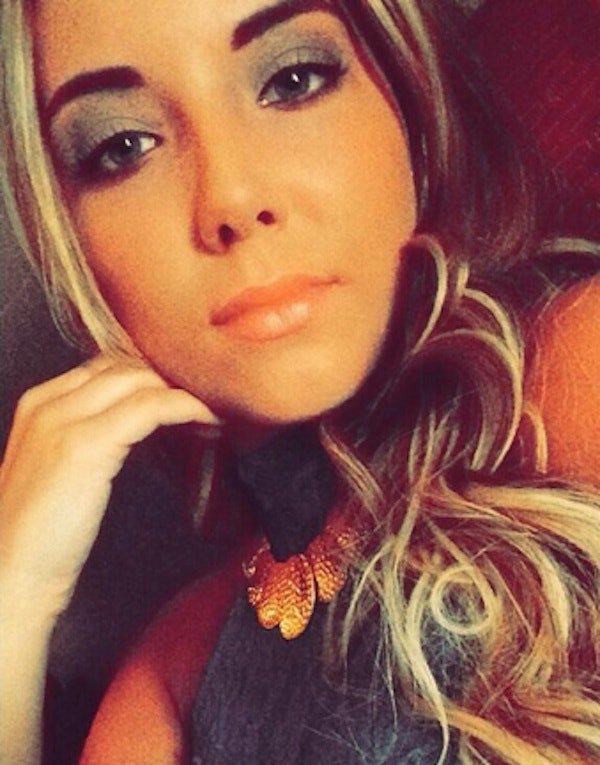 Eminems daughter Hailie Scott Mathers Instagrams sexy