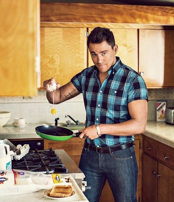 20 Hot Guys Cooking Who You Wish Were Making Your Dinner