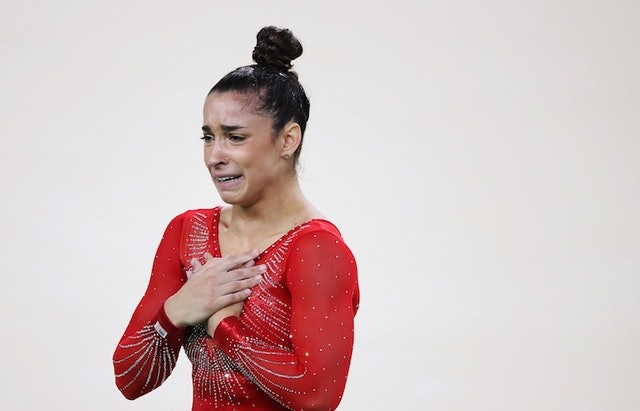 Aly Raisman S Messy Bun Is A Major Clap Back At Gymnastics
