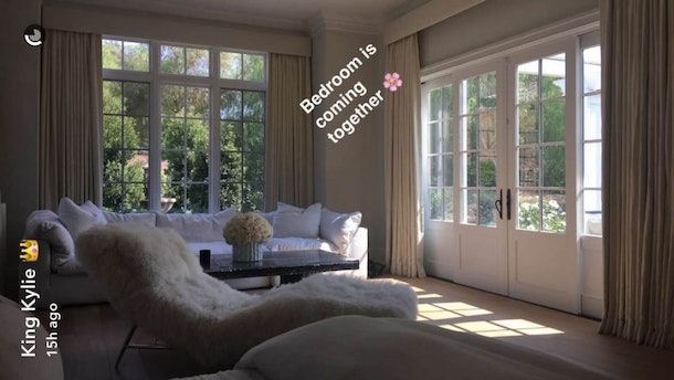 We Finally Know What Kylie Jenner's Bedroom Looks Like