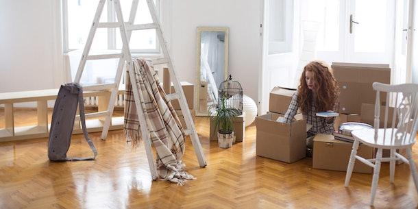 7 Inexpensive Storage Hacks To Make Your Apartment Bigger