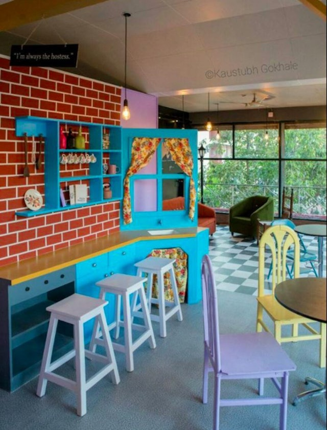 New Quot Friends Quot Central Perk Cafe Opens In Pune India