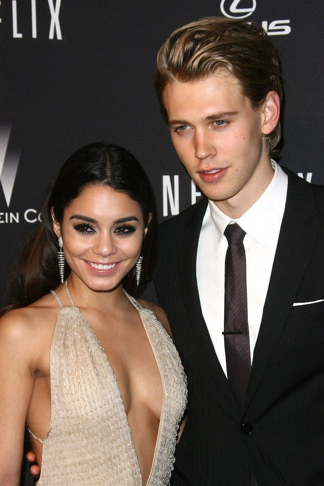 Is vanessa still dating austin