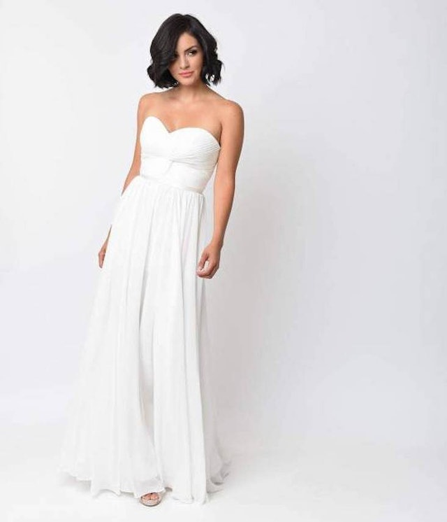 Wedding dresses under 100 that are so beautiful you 39 d for Corset under wedding dress