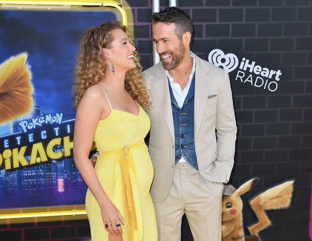 Blake Lively baby bump pikachu movie premiere