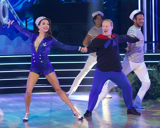 Former White House Press Secretary, Sean Spicer, competes on 'DWTS'
