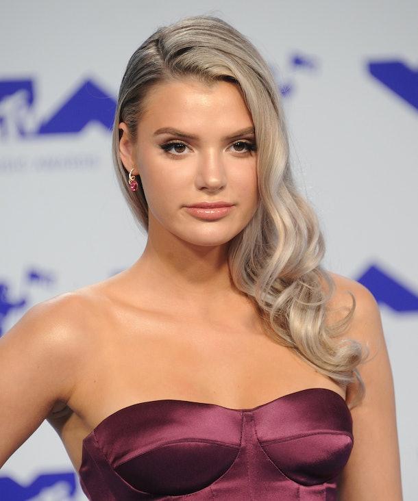 Alissa Violet hit the carpet at the MTV VMAs.