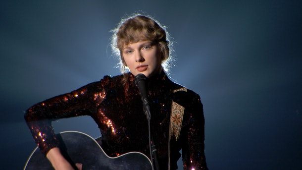 Taylor Swift's explanation of her Nils Sjöberg pseudonym is so revealing.