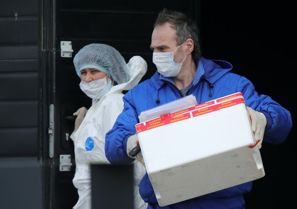 Here's how to help hospitals during the coronavirus outbreak if you aren't sure how to assist.