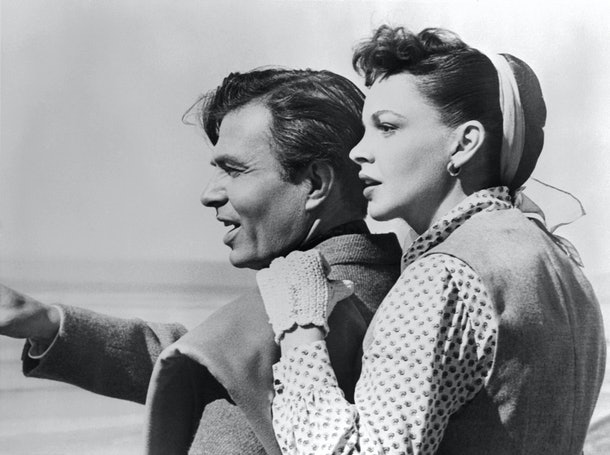 Judy Garland and James Mason in 'A Star Is Born'