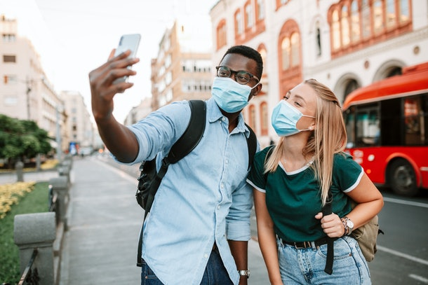 When it it OK to take off your mask while dating? Experts say to wait until you've gotten to know each other for at least a few weeks (and you're exclusive).