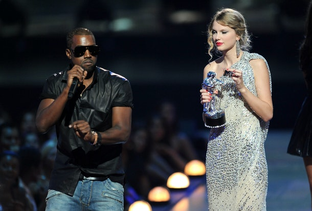 Kanye West grabs the mic from Taylor Swift at the 2009 VMAs.