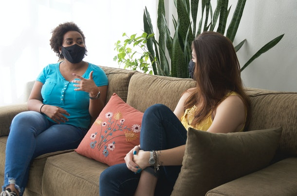 is it safe to have a first date at home during the pandemic? Experts say it depends on your lifestyles, where you live, and what your personal risk tolerance is.