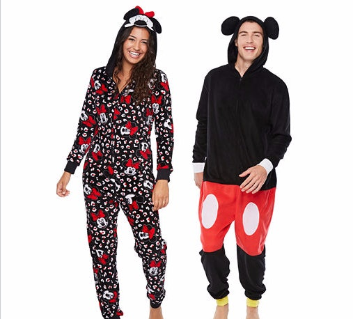 2minnie mouse and mickey mouse
