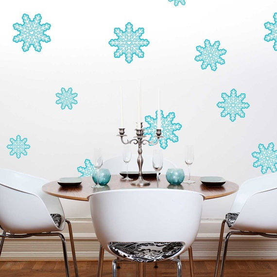 9 Tiffany Blue Christmas Decorations That Are Beyond Stunning