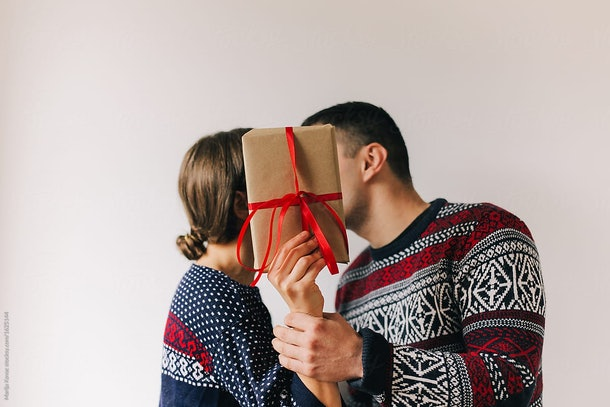 6 Christmas Carol Lyrics For Couples' Instagram Captions That Have Us Fall-La-La-Ing In Love