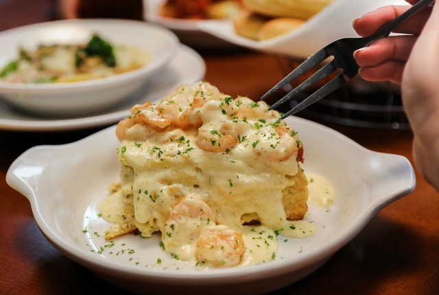 Creating your own lasagna at olive garden is finally possible i 39 m so ready for Olive garden chicken alfredo price