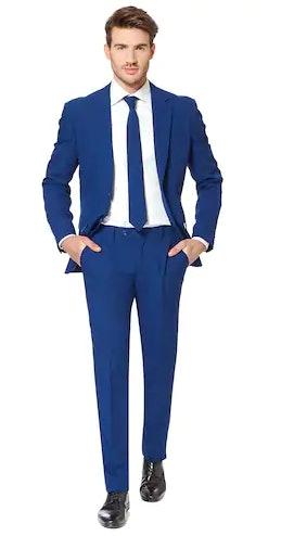 6 diy meghan markle prince harry costume ideas to make you feel royal af on halloween 6 diy meghan markle prince harry