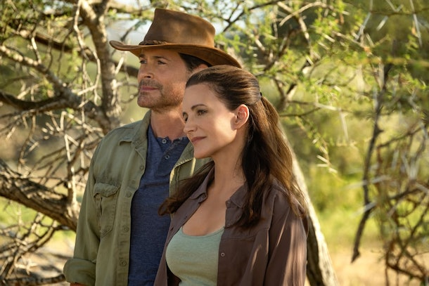 Rob Lowe and Kristin Davis in Netflix's Holiday In The Wild