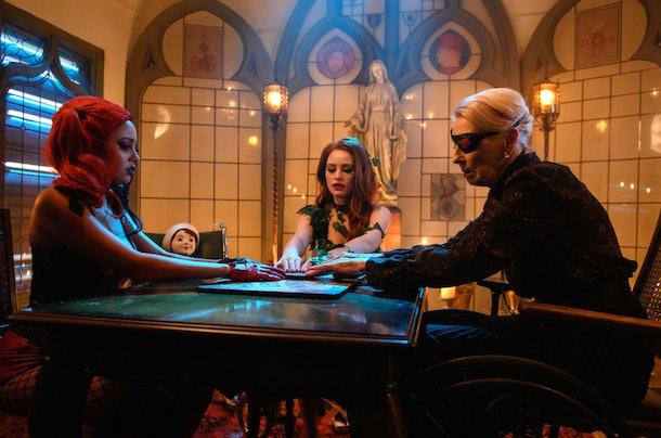 Cheryl, Toni, and Nana Rose using a ouija board on 'Riverdale'