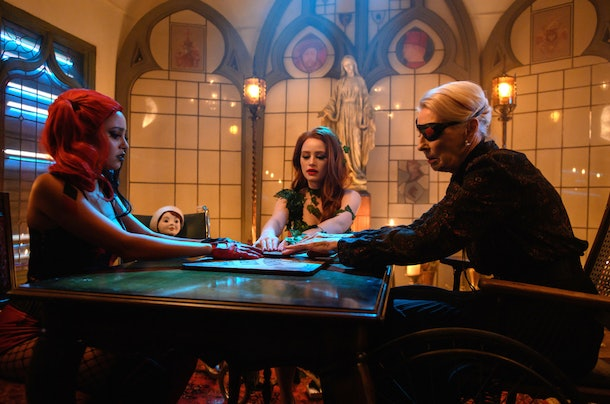 Cheryl, Toni, and Nana Rose using a ouija board on 'Riverdale'