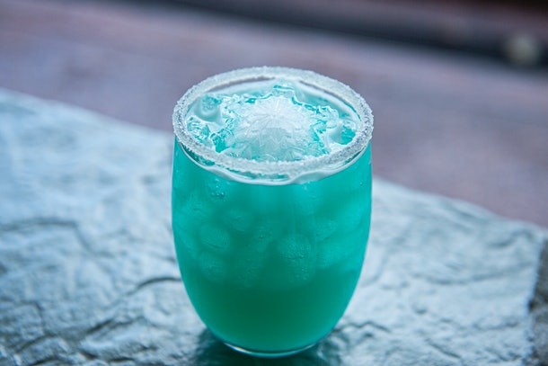 """This aqua-colored Instagrammable Disney drink is totally """"Worth Melting For."""""""