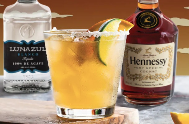 Chili's' $5 Hennessy's Harvest Margarita for November looks so festive.