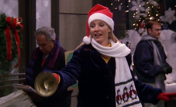 Phoebe tried to collect money for charity in 'Friends' Season 5's holiday episode.