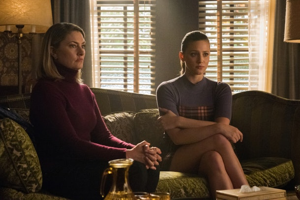 Betty and her mother Alice reconnected after a tense counseling session on 'Riverdale.'