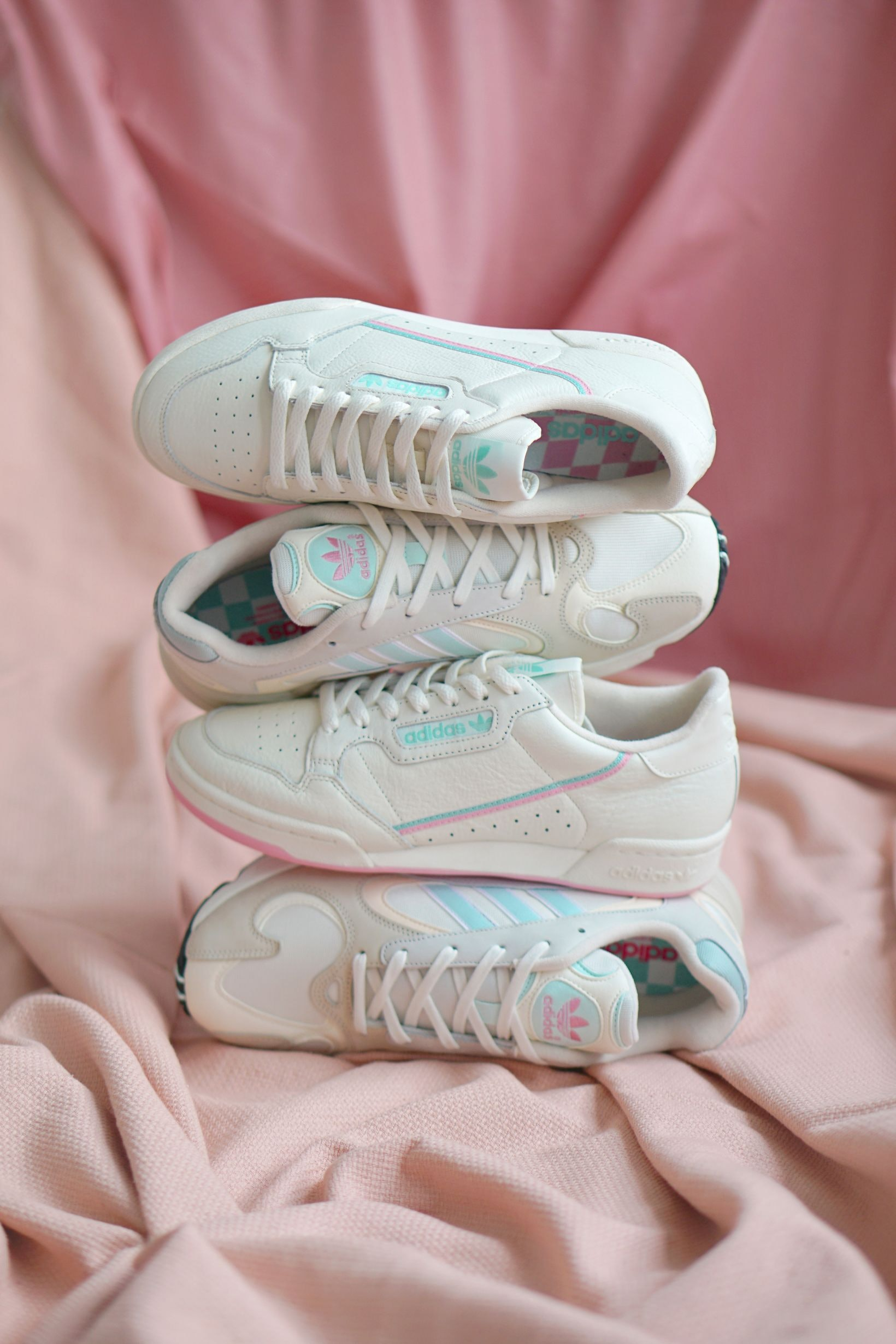 chaussures adidas pastel
