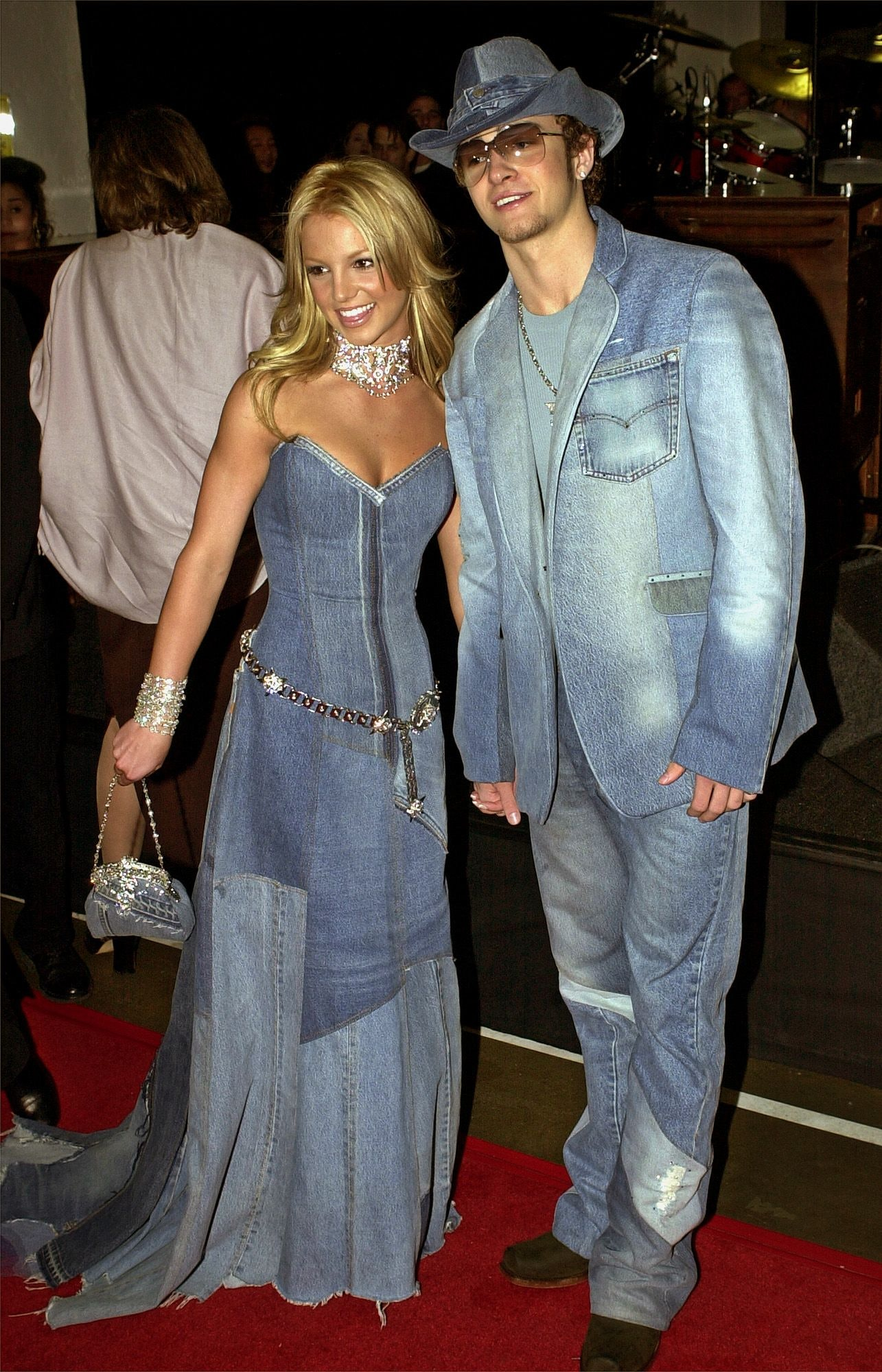 Allie Hamilton Outfits