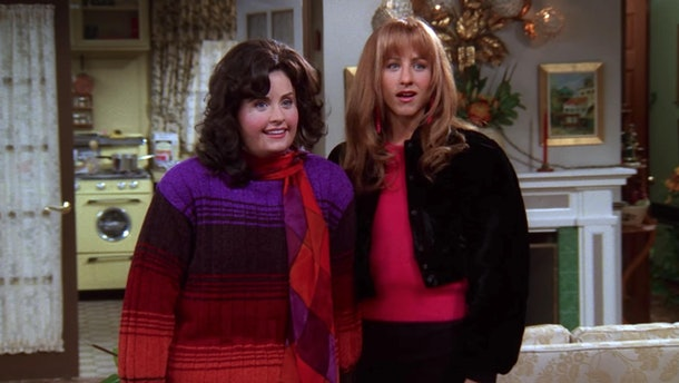 Monica and Rachel wear sweaters for Thanksgiving in 'Friends.'