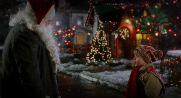 These 'Home Alone' Zoom backgrounds are full of holiday vibes.