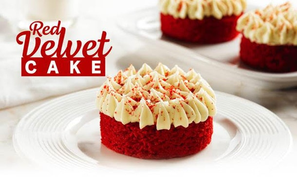 Popeyes' Red Velvet Cake Cups for Valentine's Day 2020 are cute and super budget-friendly.