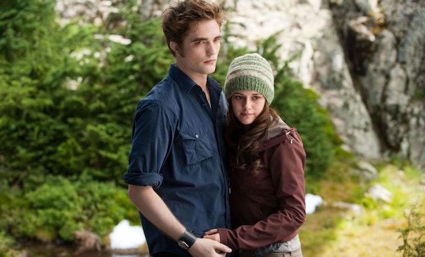 'Twilight's director wants to make a 'Midnight Sun' movie.