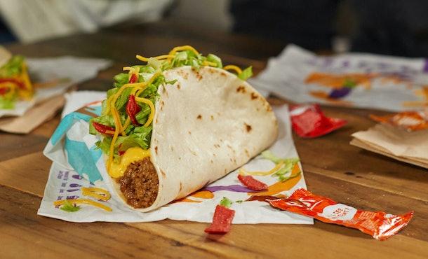 Taco Bell's new January 2021 menu items include a Nacho Taco for $1.