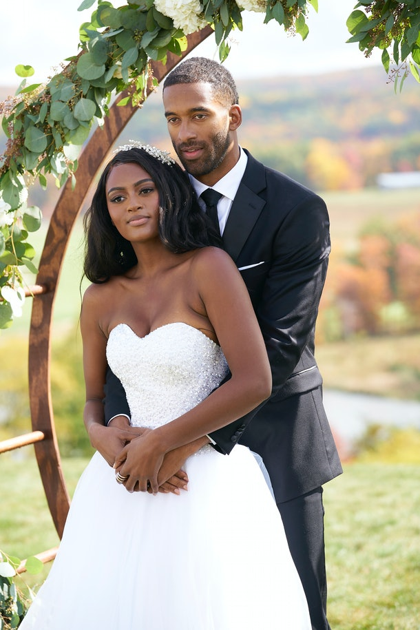 Khaylah and Matt during the Week 2 group date dressed in wedding attire during Season 25 of 'The Bachelor'