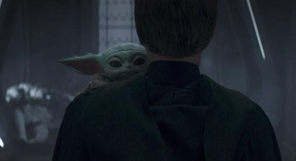Baby Yoda and Luke in The Mandalorian