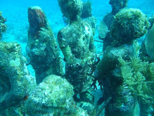 Underwater Statues of Musa
