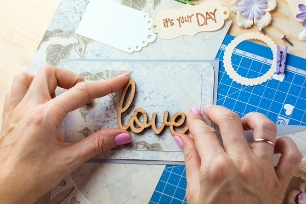 Looking for gifts to give your partner on your wedding day? A sentimental scrapbook is a no-brainer.