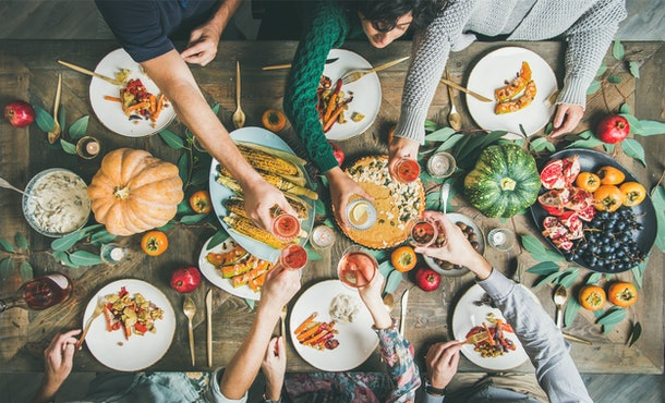 Here's what to know about the risks Friendsgiving celebrations pose during the pandemic.