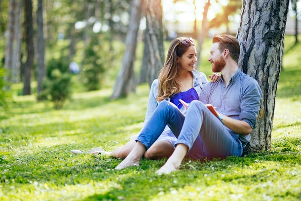 Not sure how to make your college relationship work after graduation? Experts say it's totally possible.